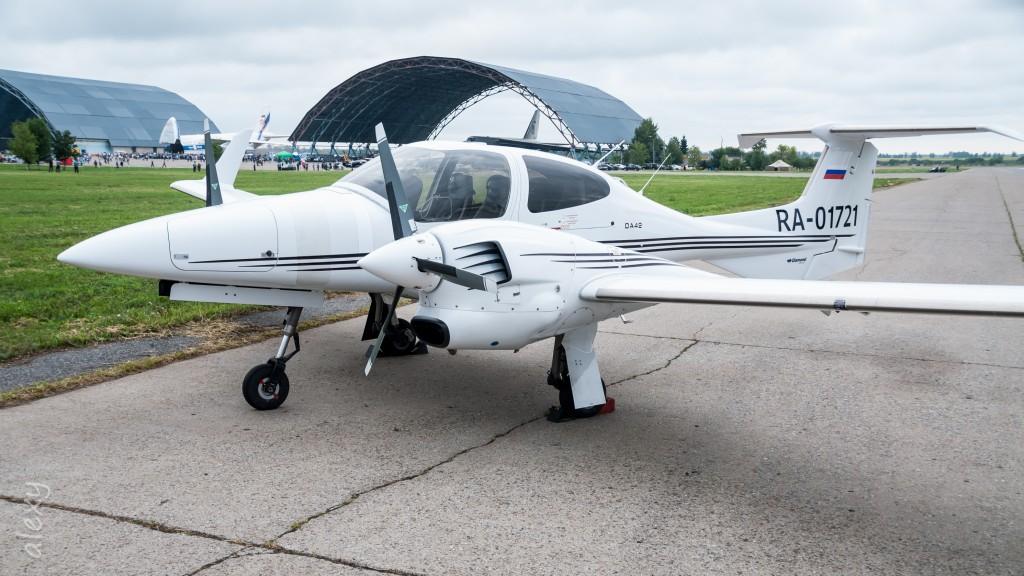 RA-01721, DA-42