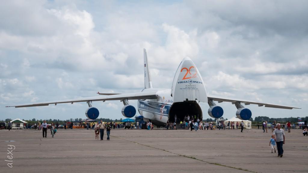 RA-82046,  Волга-Днепр, Антонов Ан-124-100.